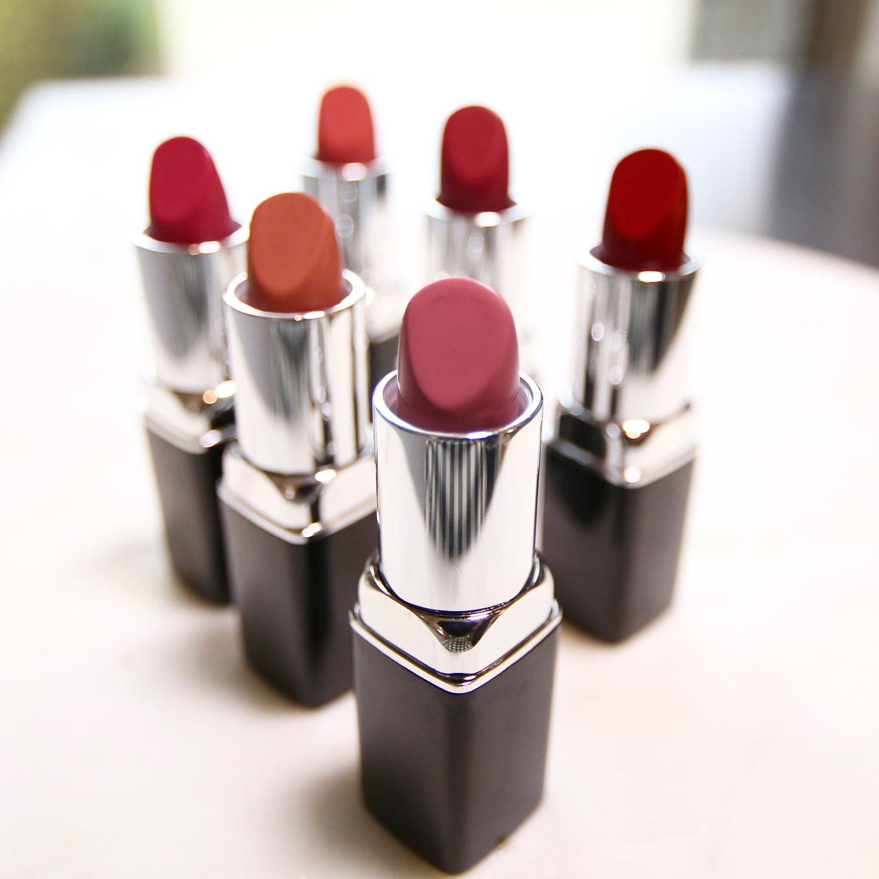 open lipstick tubes